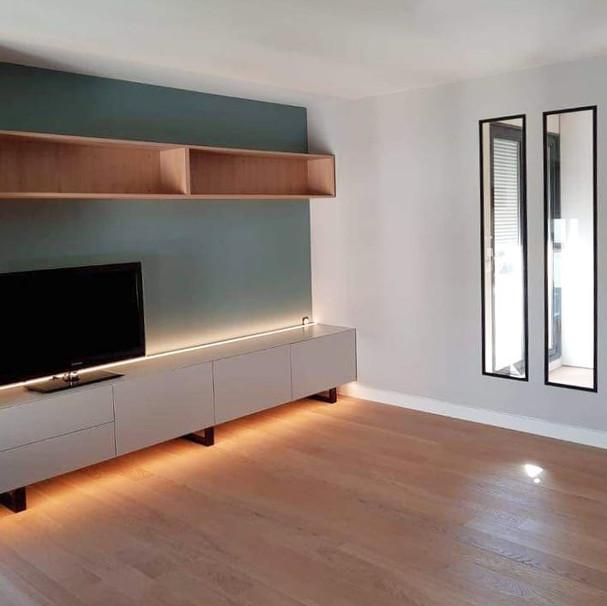 Appartement- séjour - Meuble et verrière sur mesure