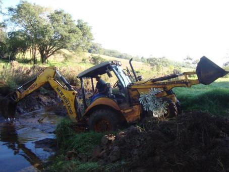 Máquinas pesadas na agricultura.