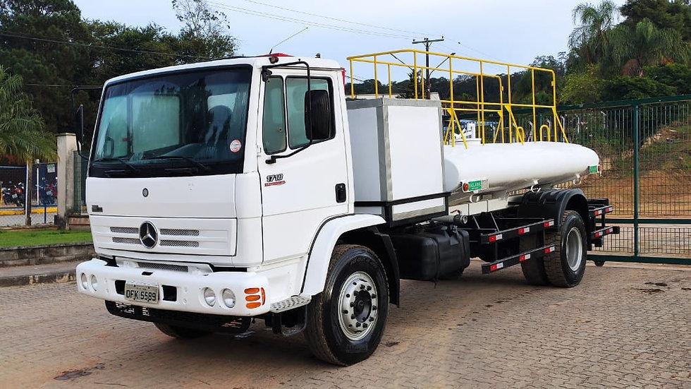 Caminhão Pipa, MB 1718/2011, Tanque 5.000L.