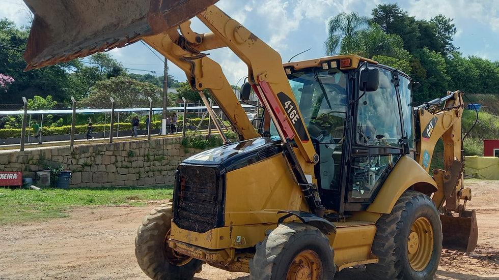 Retroescavadeira CAT 416 E  4X4 Cabine Fechada - 2013