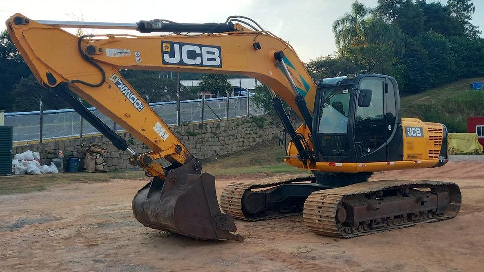 Escavadeira Hidráulica JCB 20T - 2014 - 8.125h