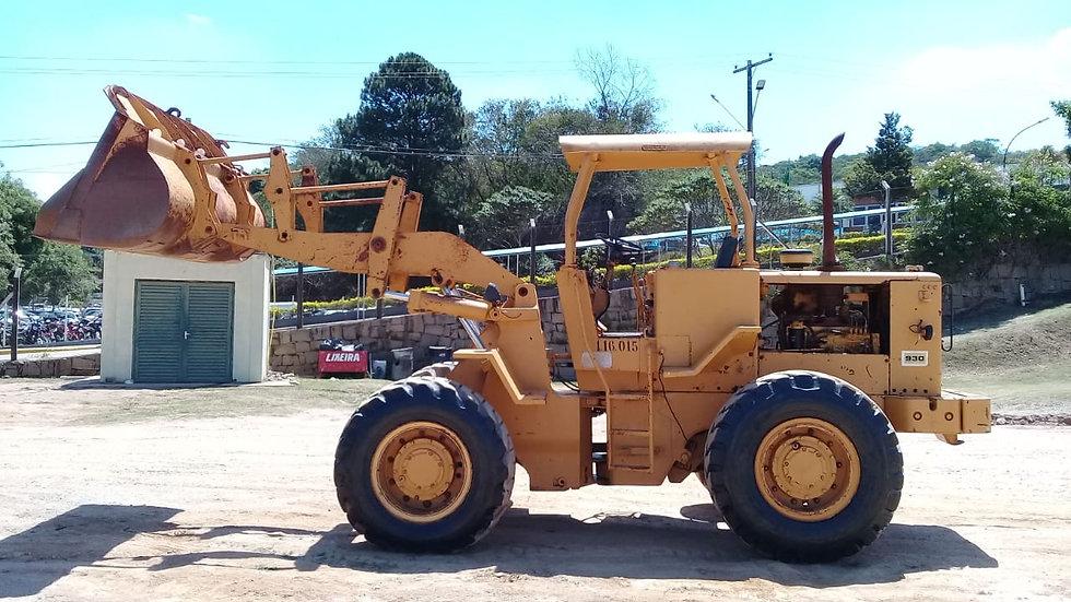 Pá Carregadeira Articulada CAT 930R - 1988