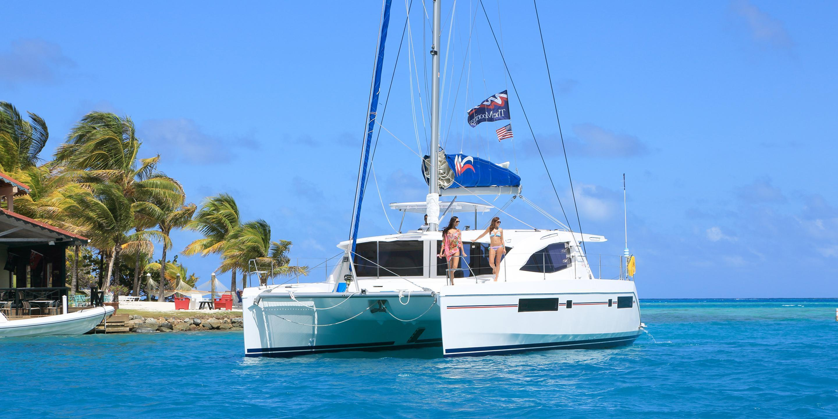 Belize Yacht - Outside