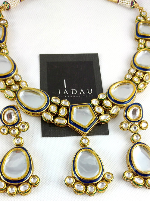 Kundan Oval Stone Necklace with Earrings