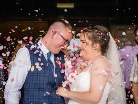 {Wedding} Kathryn & Tom | The Hog's Head, Abergavenny