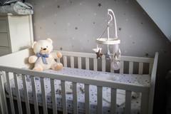 newborn-photographer-cwmbran-lifestly-ph