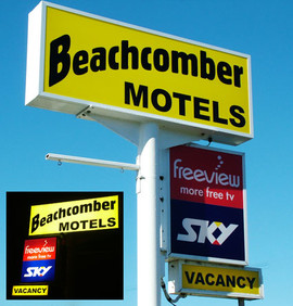 Beachcomber Motel Sign.jpg
