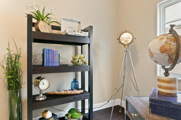 Home Office Book SHelf Decor Ideas For S
