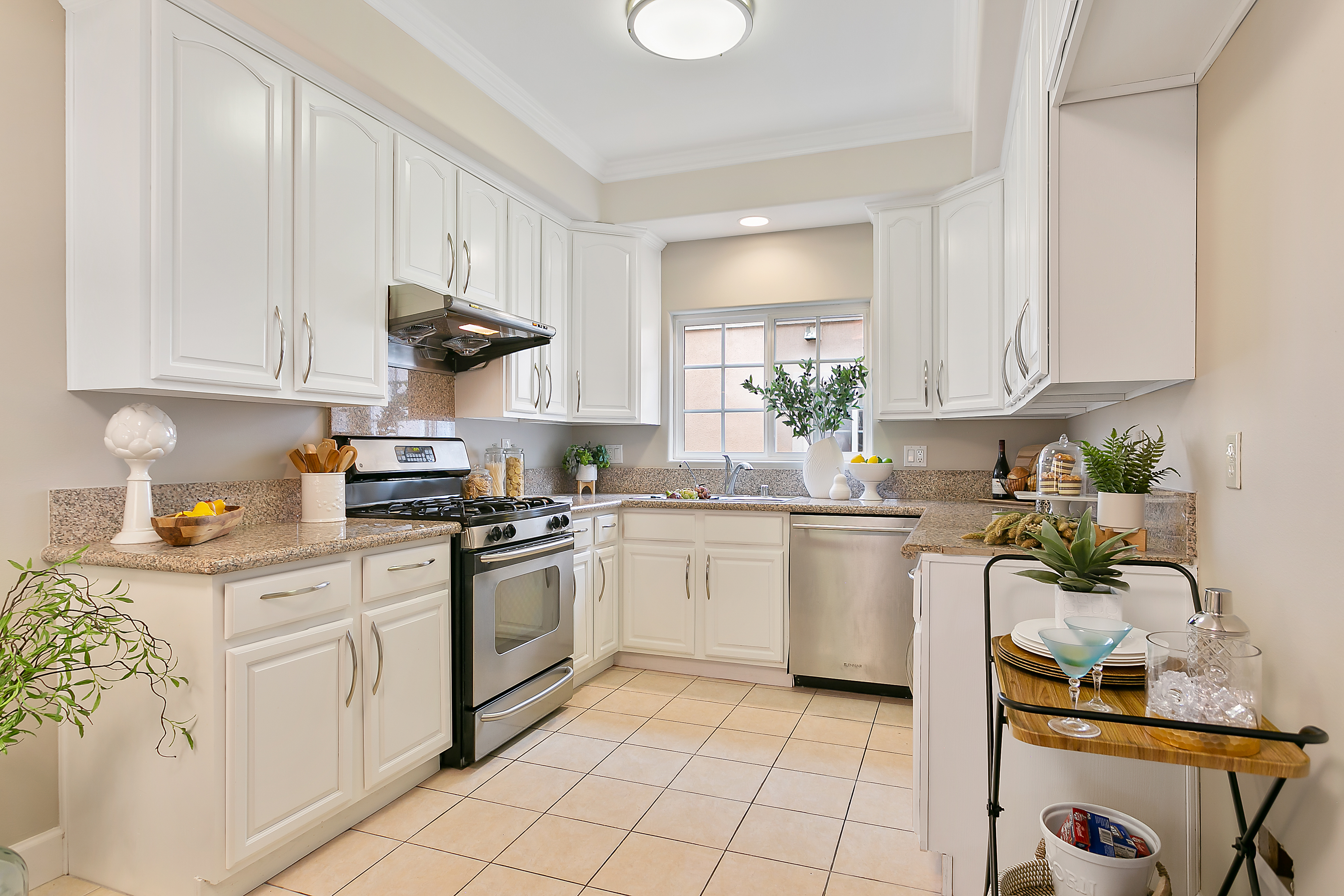 Staging a Smaller Kitchen Make IT Feel B