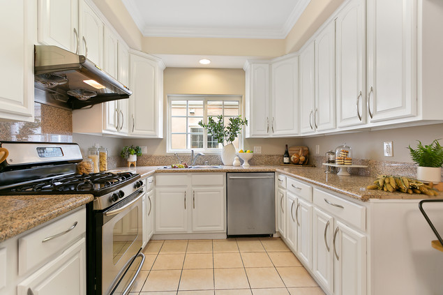 How to Maximize Small Kitchen With Smart