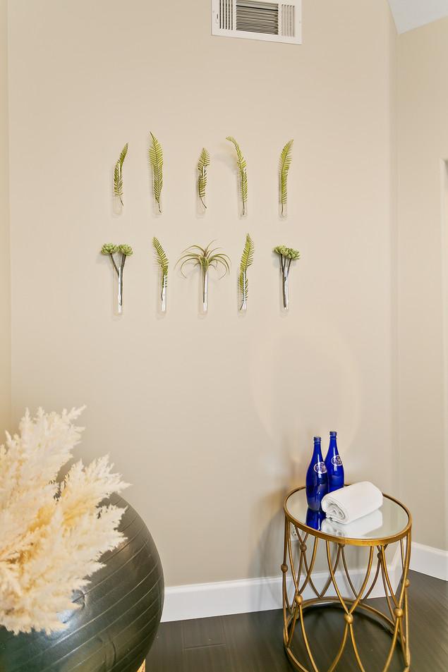 Creating Zen Wall Decor Home Office Vial