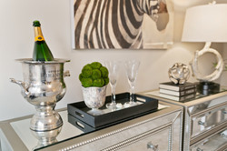 How to create a romantic vibe champagne