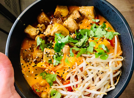 WEEKLY SPECIAL! VEGAN RED CURRY BOWL!
