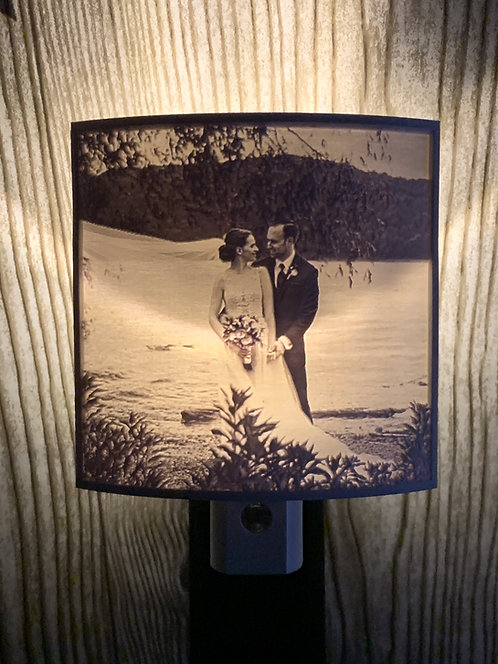 3D Printed Lithophane Nightlight