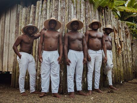 """Boga y Juga en """"Bogando"""", el nuevo videoclip de Semblanzas del rio Guapi"""