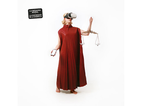 """La sociedad de la sombrilla baja las revoluciones y prepara su nuevo álbum con """"La máquina moral"""""""