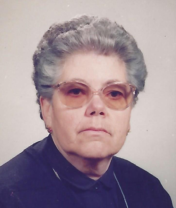 D. Emília Correia Pereira