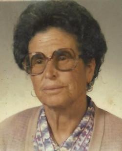 Sra. Vitória Ramires Charuto