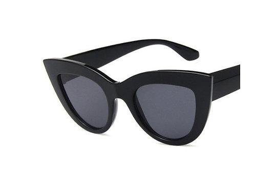 Модные очки кошачий глаз