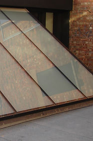 Silicone sealing of rooflight