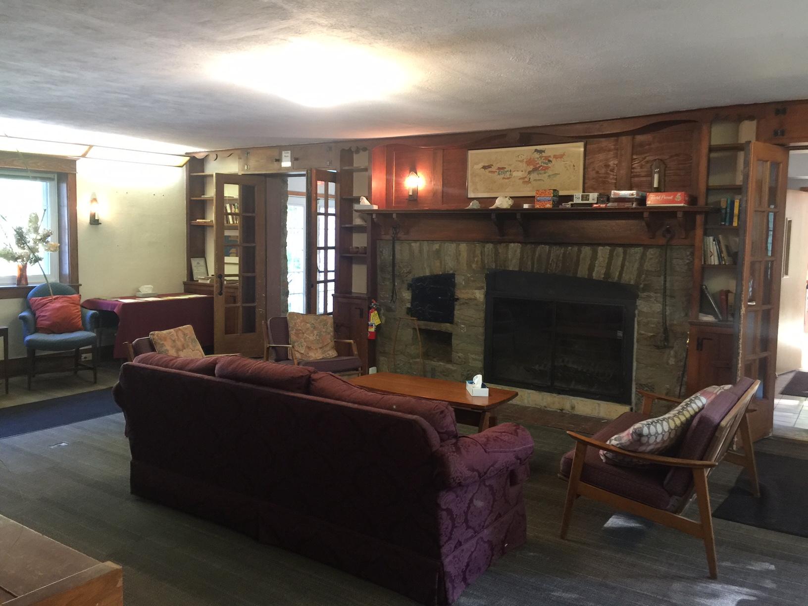 Briton House Lounge