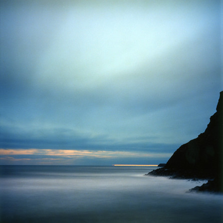 _Sea&_Cliffs.Whitby_(moonlight)_©LizaDra