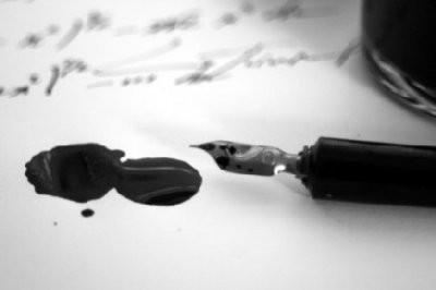 Lágrimas e tinta (rascunho)