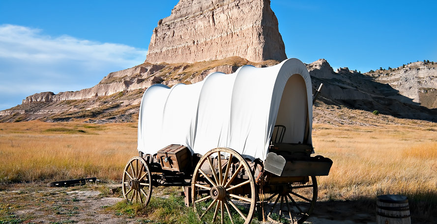 Covered wagon at Scott's Bluff National