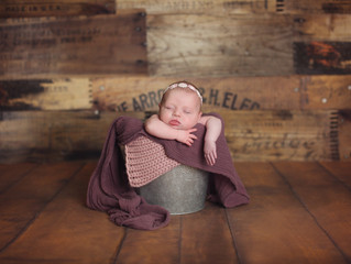 Klahna's newborn Shoot