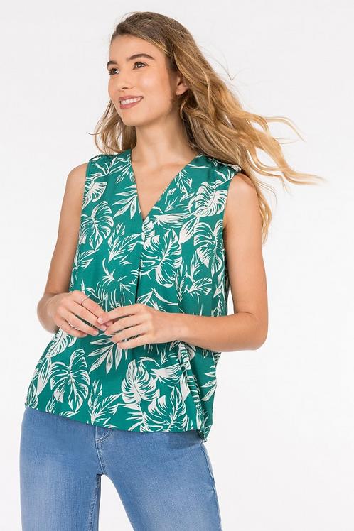 Blusa verde con tabla pilar