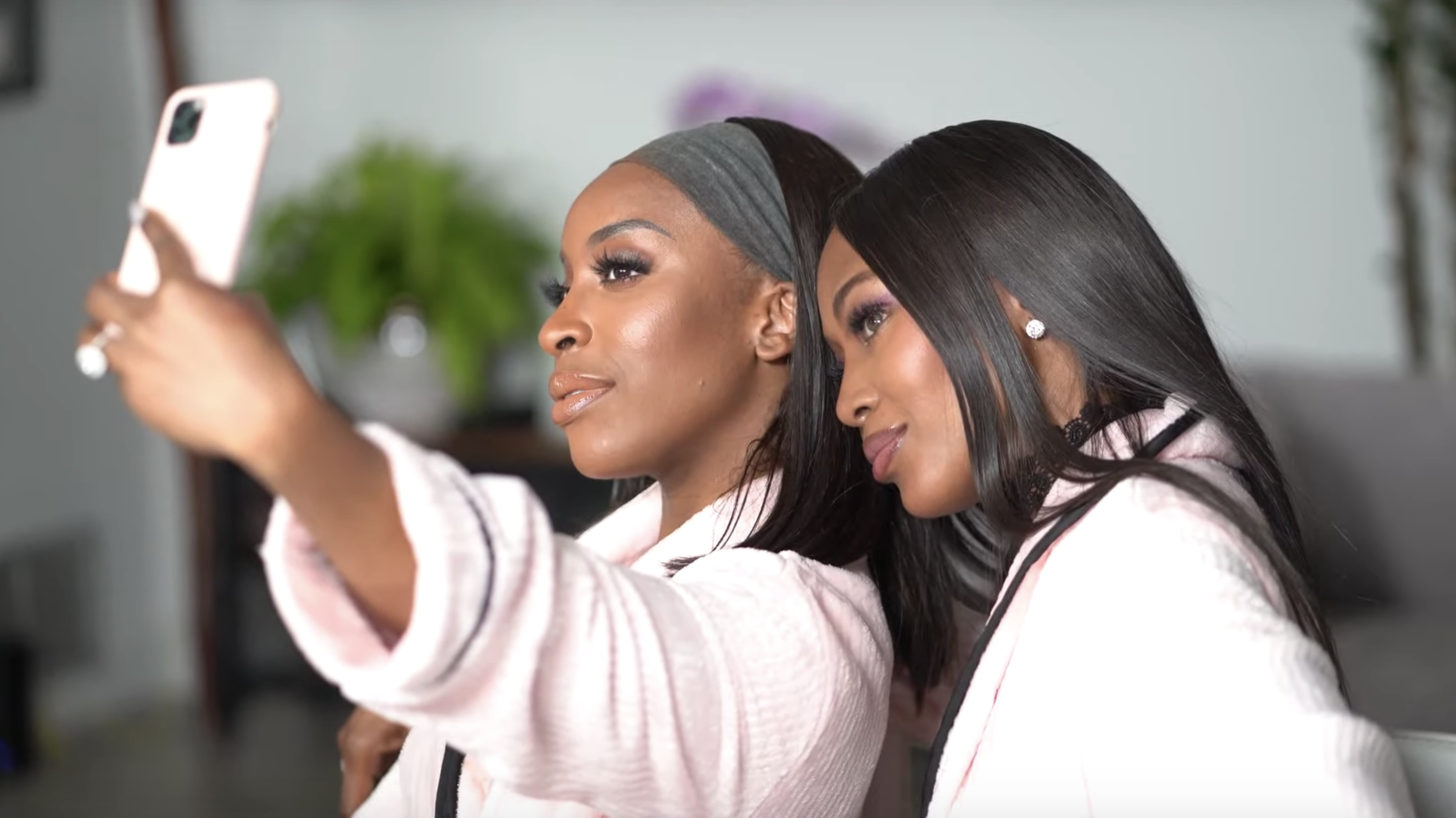 Jackie Aina and Naomi Campbell