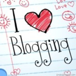 What Should Your Business Be Blogging About To Attract More Readers & Customers?