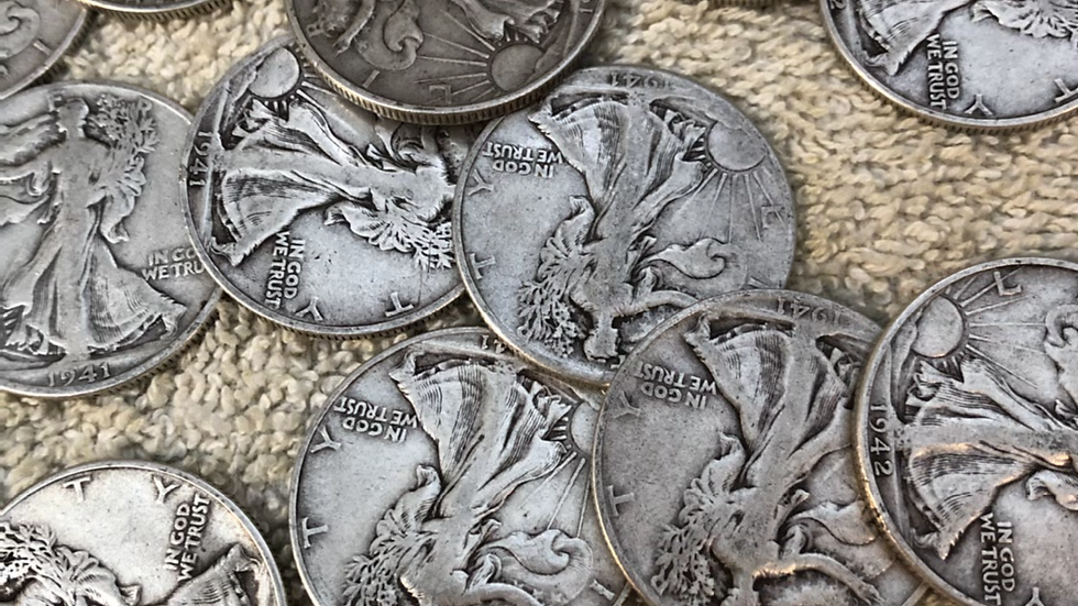 Roll of 20  Walking Liberty half dollars all from the 1940s
