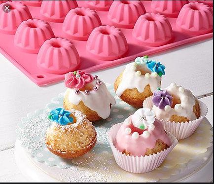 Baking Mould For Mini Ring Cakes – Tchibo