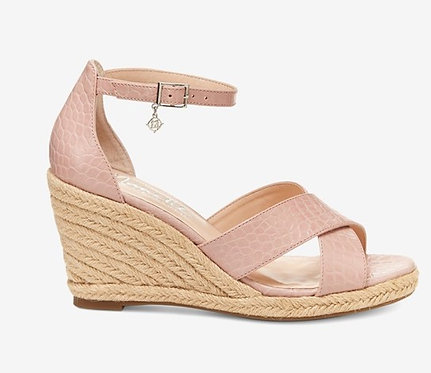 Quirky Open Toe Casual Platform Sandals Size US 9.5M Blush by Nanette Lepore