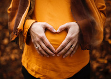 Ajánlás a koronavírus járvány idején a várandós- és szülő anyák részére