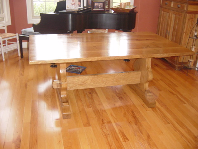 Bur Oak Table310.JPG