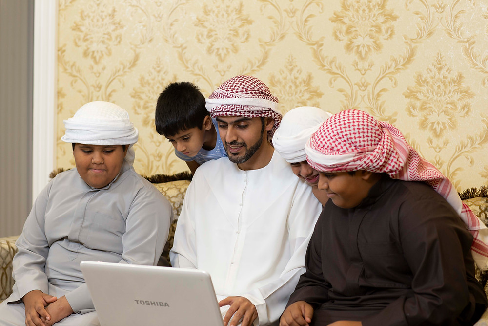 Ministry of Education collaborates with Yahsat to offer free satellite broadband services in areas lacking internet connectivity
