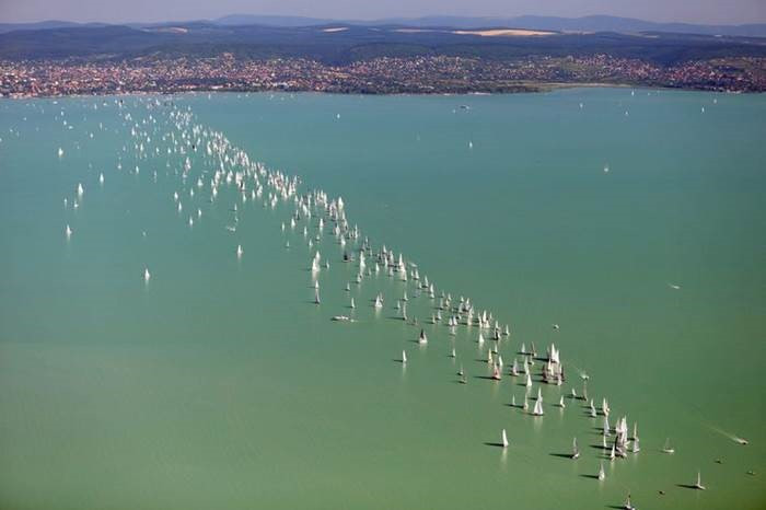 Broadcast Solutions Hungary ensures live-feed at Blue Ribbon round the Lake Balaton Race in Hungary with a Silvus MESH Radio Network