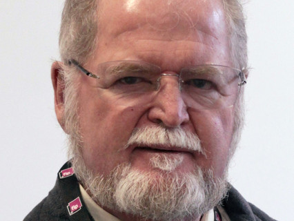 SSPI to present 1st annual Inspire Award to famed sci fi author Larry Niven at the 2021 Hall of Fame