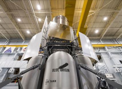 Blue Origin-led National Teamdelivers Lunar Lander engineering mockup to NASA