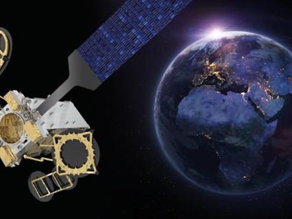 Eutelsat orders EUTELSAT 10B satellite for inflight and maritime connectivity services