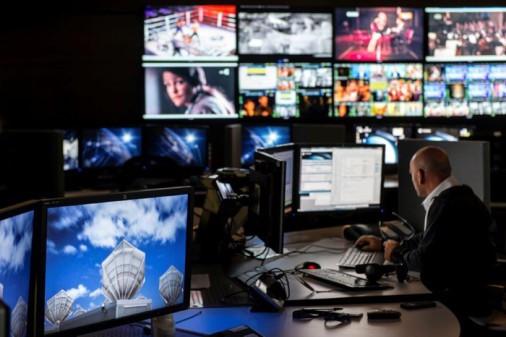 Sky Italia renews capacity contract at Eutelsat's HOTBIRD position