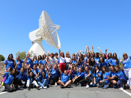 Fifty girls learn more about the Space Sector from five of Hispasat's renouned female scientists