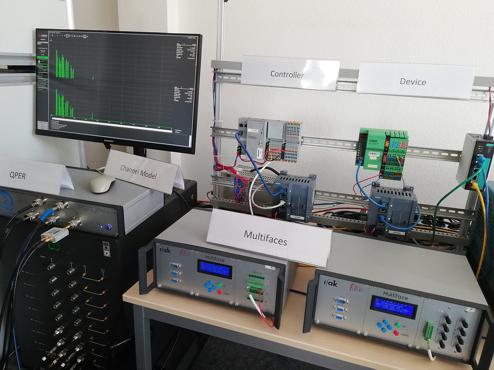 """""""ReICOvAir"""" hardware test bed for testing the reliability of industrial wireless communication systems."""