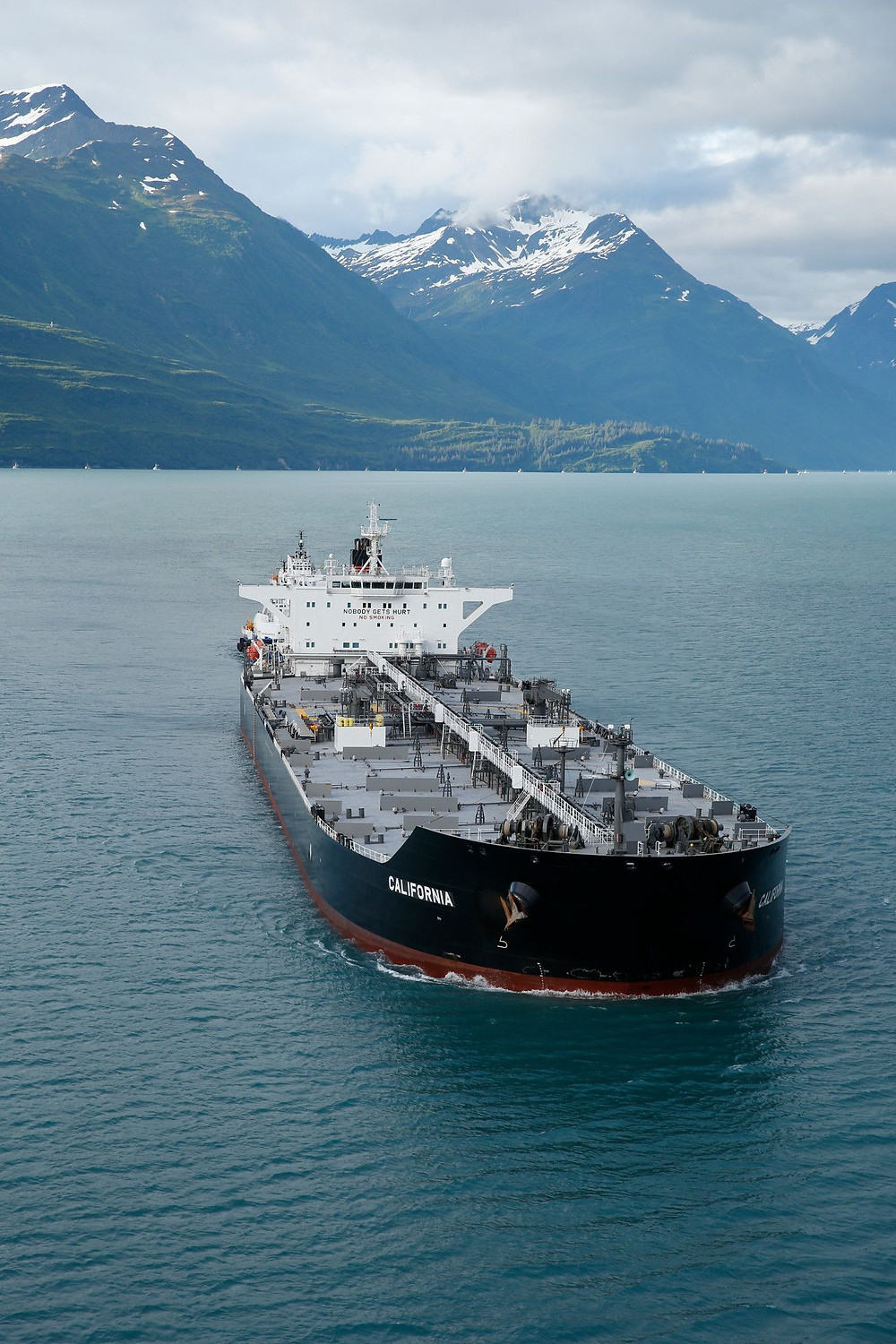 Successful trials in Alaskan waters on board the Aframax tanker California contributed to the decision by Crowley Maritime Corp. to install Fleet Xpress across the majority of its fleet.
