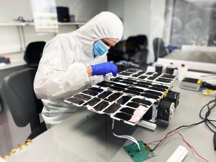 Bravo – NanoAvionics adds satellite twin to Aurora Insight's global wireless spectrum mission