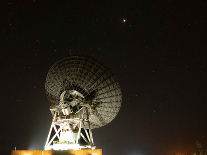 Goonhilly's deep space antenna tracks global push to Mars in UK first