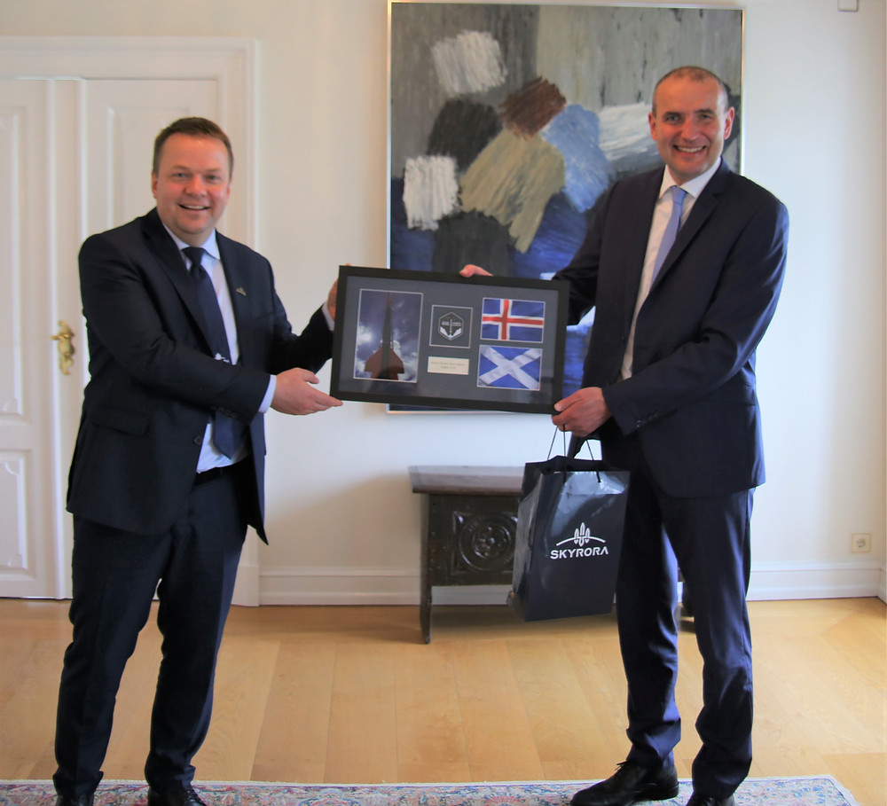 Volodymyr Levykin, CEO of Skyrora and Icelandic president, Guðni Th. Jóhannesson
