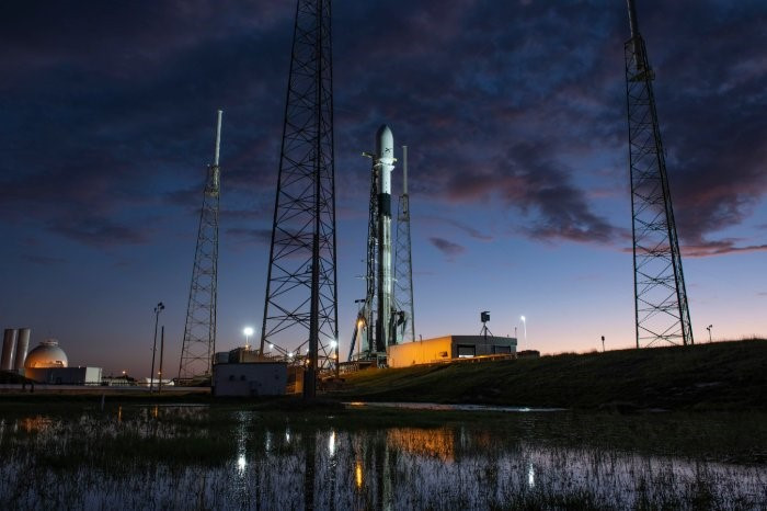 Watch live: SpaceX's Starlink mission